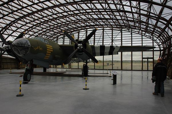 """I en nybyggd del av museet fann man en av de sex kvarvarande B-26 i världen. Planet hade smeknamnet """"Änkeskaparen""""."""