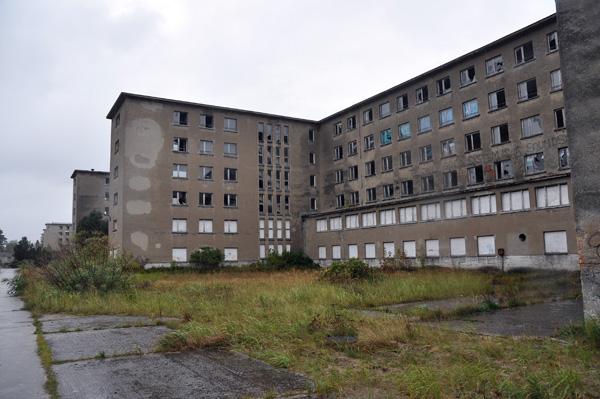 Kraft durch Freude-anläggningen Prora vid Sassnitz. Värd ett nytt besök.