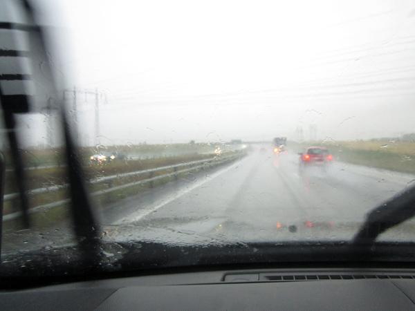 Störtregn och husvagnar - ingen bra kombination.