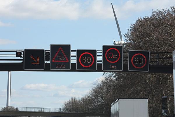 Man kommer inte undan de tyska motorvägarna, men det är bara att åka!