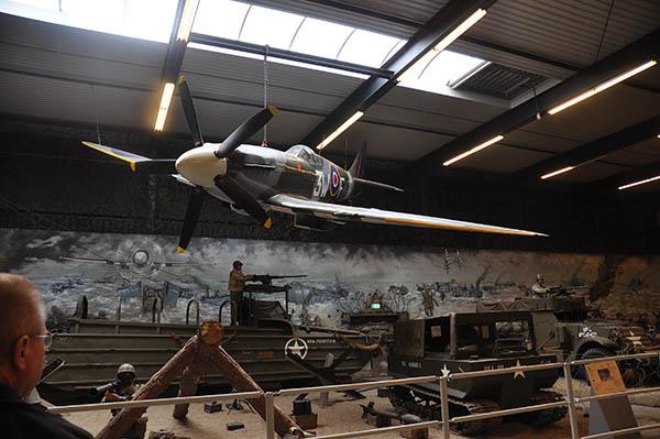 Invasionen i Normandie på museet i Overloon