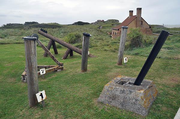 Olika typer av strandhinder som förekom i Atlantvallen.