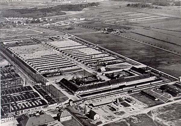 Koncentrationslägret Dachau på 1950-talet (bild från internet)