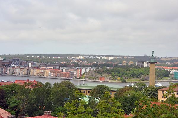 Masthuggskyrkan i Göteborg. Här kan man finna spår efter gamla luftvärnsställningar.