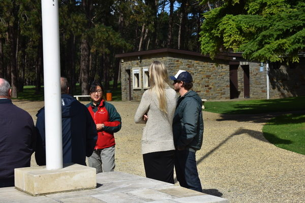Vår guide vid genomgången innan rundturen.