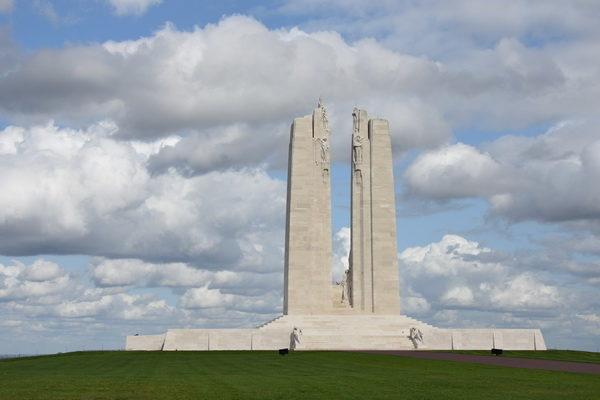 Canadensiska minnesmärket vid Vimy Ridge.