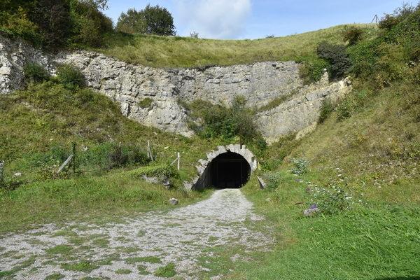 Ingången till tunnelssystemet.